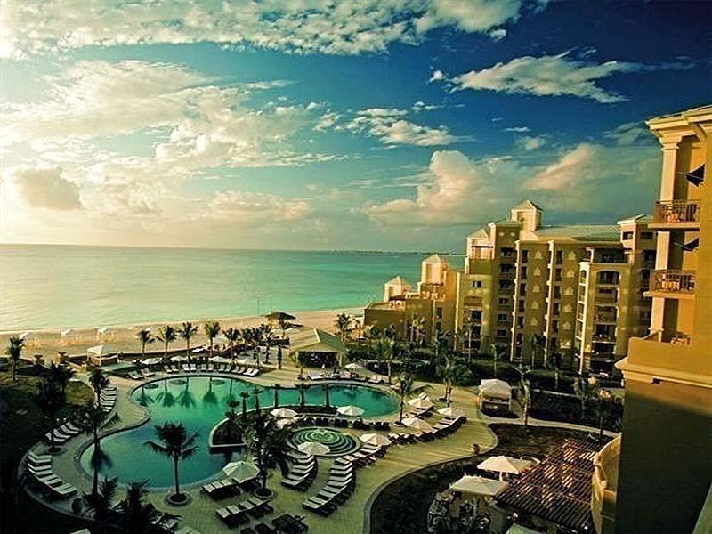 7 Mile Beach and The Ritz-Carlton Grand Cayman Receive Accolades