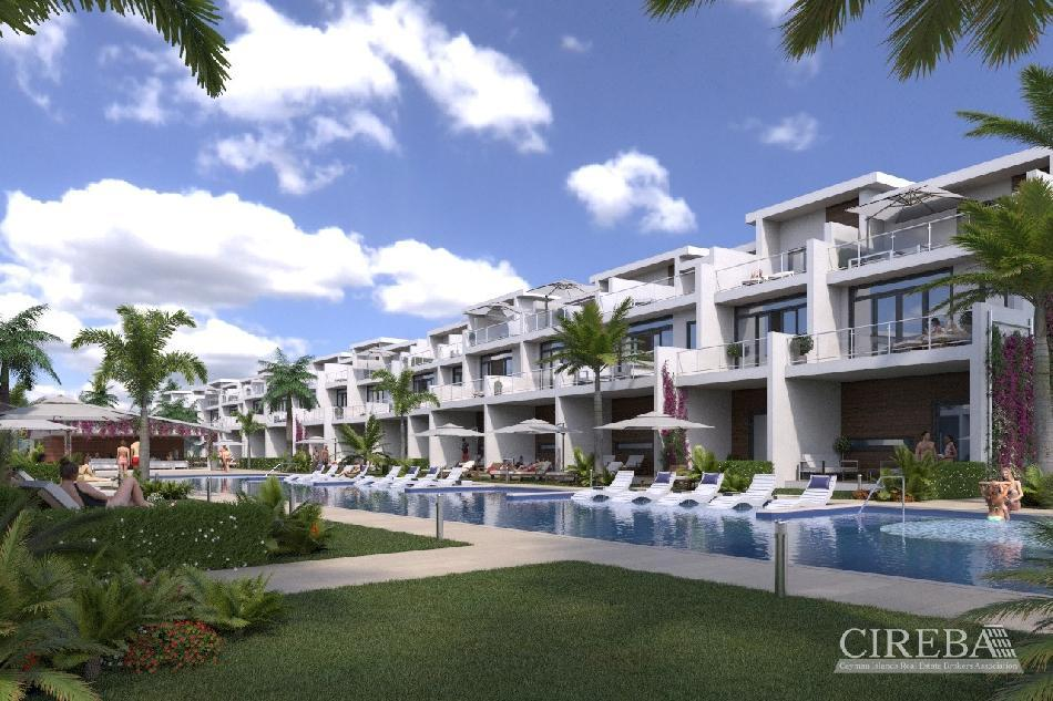 Bahia – two bedroom townhouse with pool view