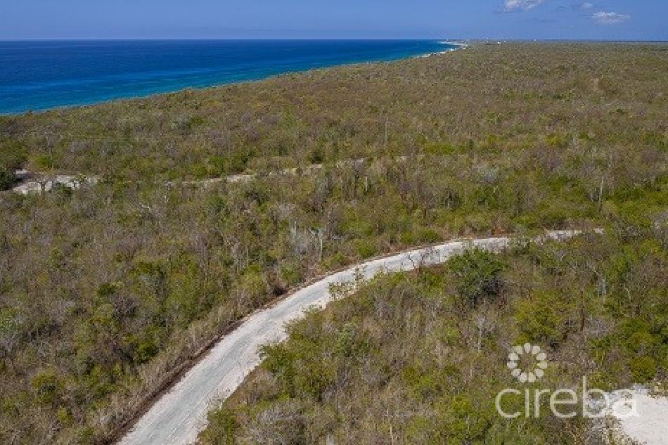 Perfect home site – cayman brac bluff