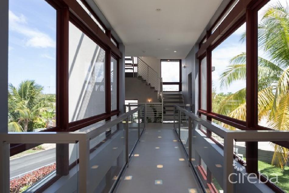 Crystal harbour dream home on a quadruple lot