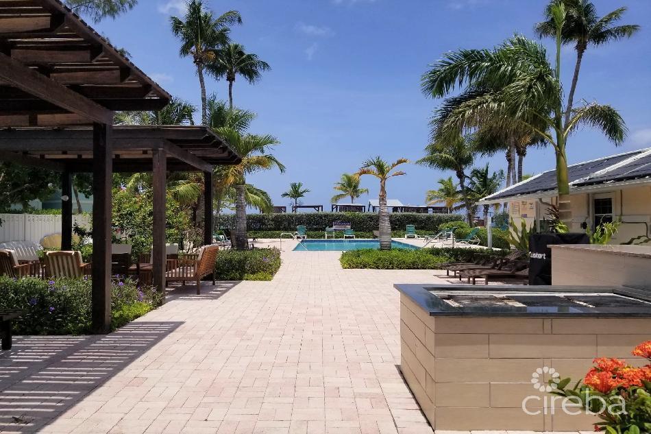 Island pine villas on 7mile beach