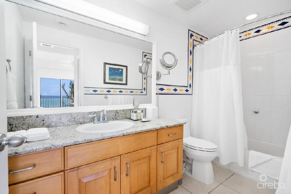 Castaway coves-end unit-close to resort amenities