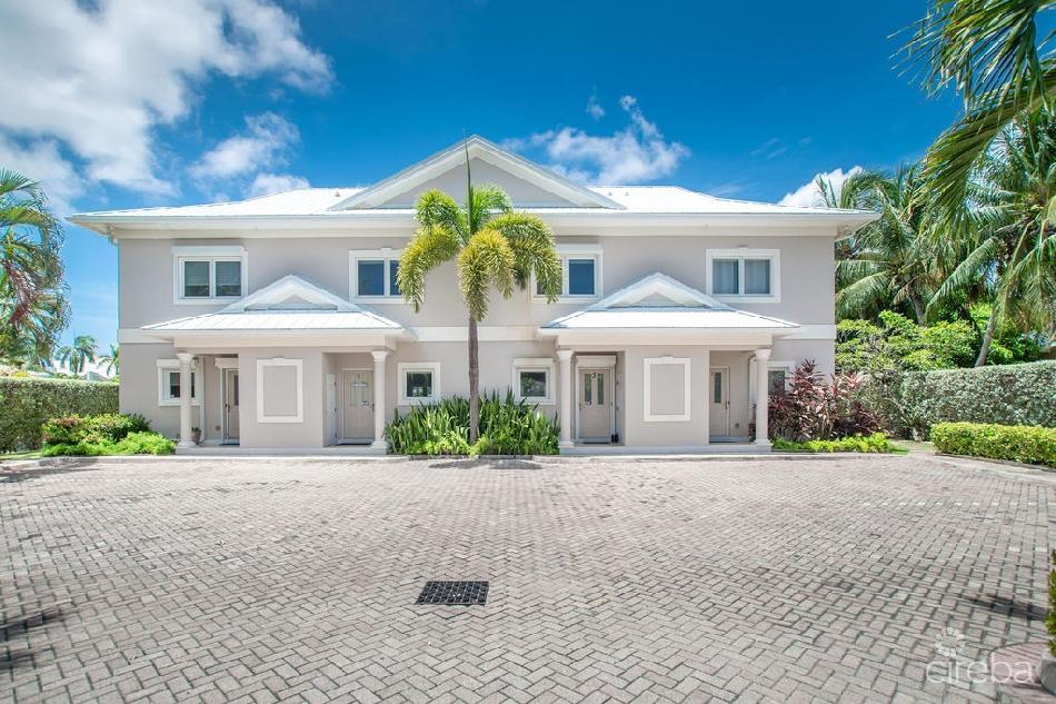 The grange at palm heights drive
