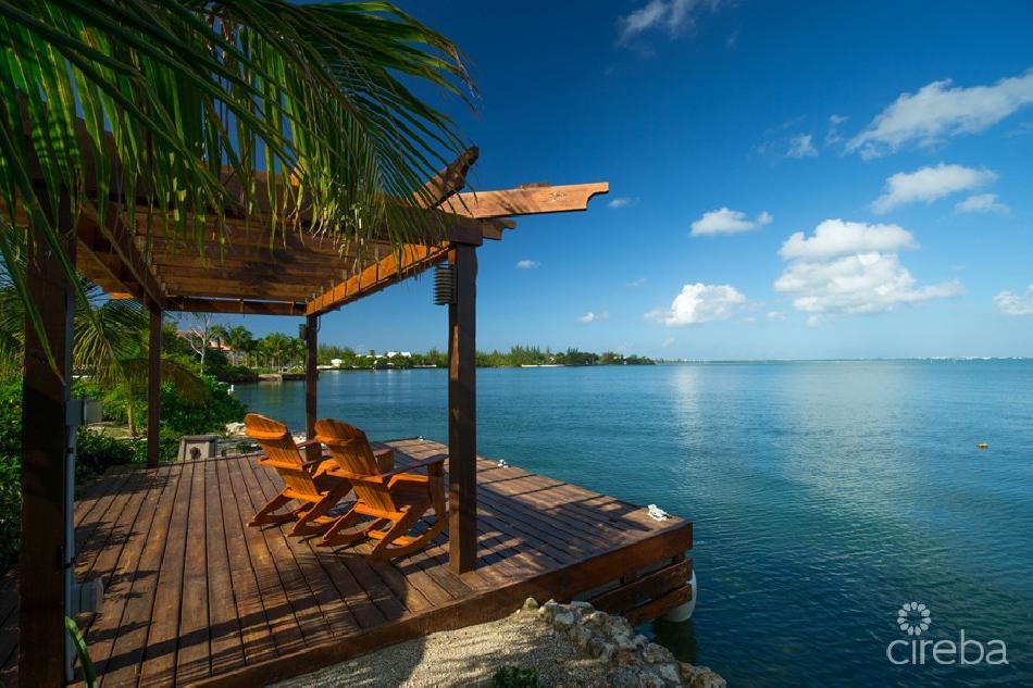 Gallinero, patrick's island – ocean front home
