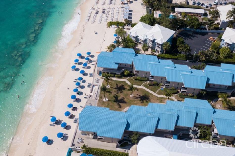Cayman reef resort beachfront 3 bed