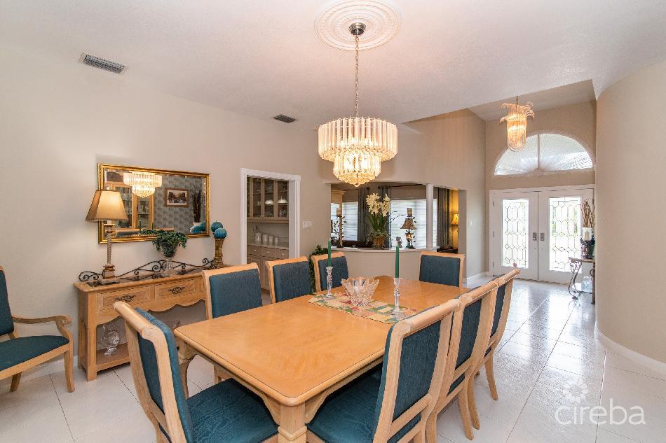 Webster estates family home (.68 acres)