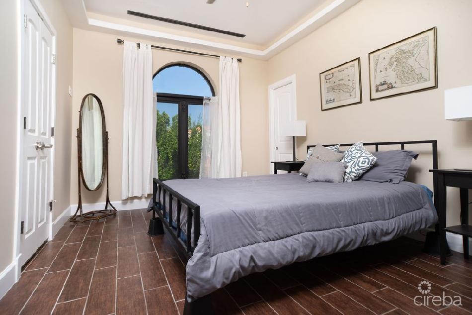 San sebastian 2 bed